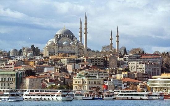 Три российских авиаперевозчика возобновили свои рейсы в Турцию