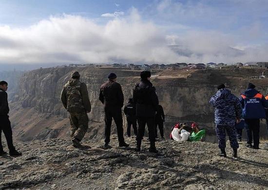Ужасная трагедия в Дагестане - Гид на глазах у своих туристов погиб во время экскурсии