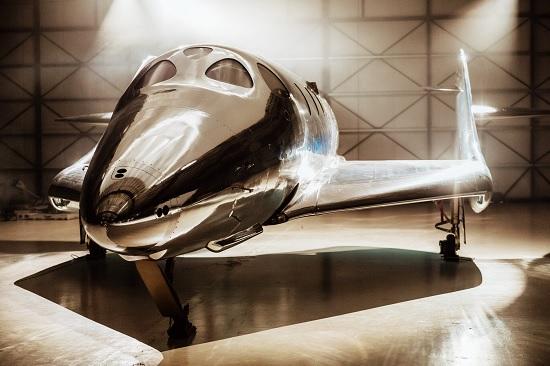 Космический туризм: Virgin Galactic представил корабль для космических путешествий