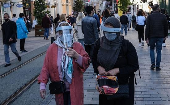Для украинских туристов отдых в Турции продолжается, несмотря на локдаун