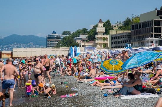 «Ценник переписывали прямо на глазах», россияне об отдыхе в Сочи после майских праздников