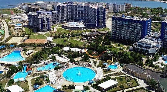 Россияне назвали топ-10 городов для гламурного отдыха в РФ