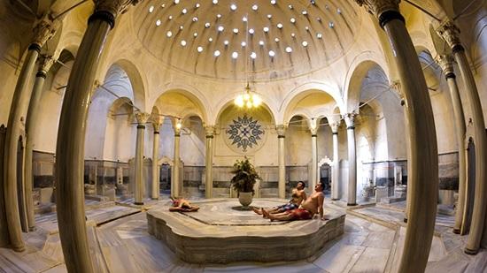 Особенности посещения хамама в Турции. Чем он отличается от русской бани?