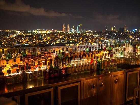 Экскурсия по ночному Стамбулу — время веселиться