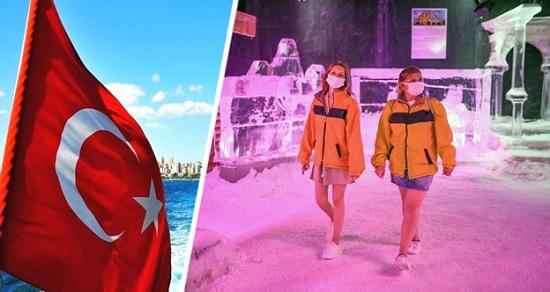 В Турции для туристов создали специальную комнату со снегом