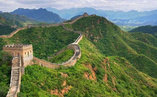 Великая Китайская стена – посмотрите на это удивительное сооружение своими глазами