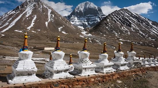 Священная гора Кайлас— первая причина отправиться в Тибет