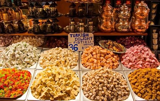 Прогулка и дегустация сладостей в Алании — почувствуйте Турции на вкус