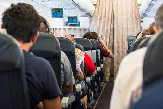 Авиакомпания дала рекомендации по поводу «дресс-кода» в самолетах