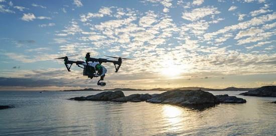 В Италии используют дроны для измерения температуры отдыхающих