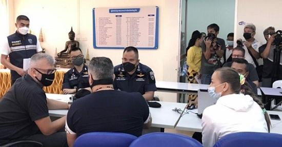 В Таиланде задержали российских туристов за попытку кражи дорогостоящих картин