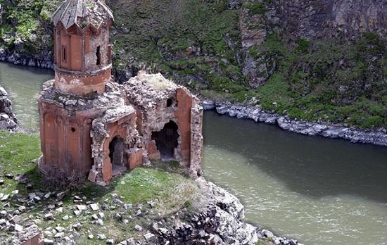 Город Ани в Турции или город 101 церкви