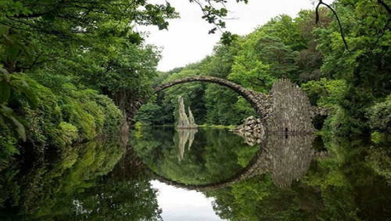 Дьявольский мост — уникальная достопримечательность в Германии