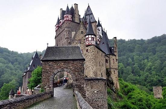 Легенды замка Эльц или жемчужина Германии