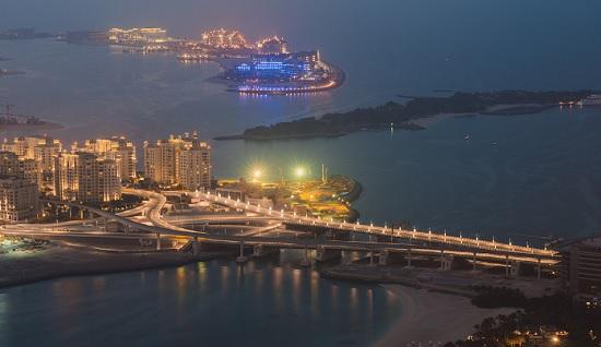 Экскурсия по ночному заливу в Дубаи. Эмоции гарантированы