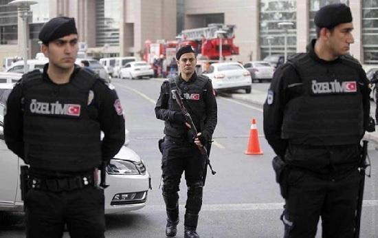 В турецких отелях правоохранительные органы провели зачистку