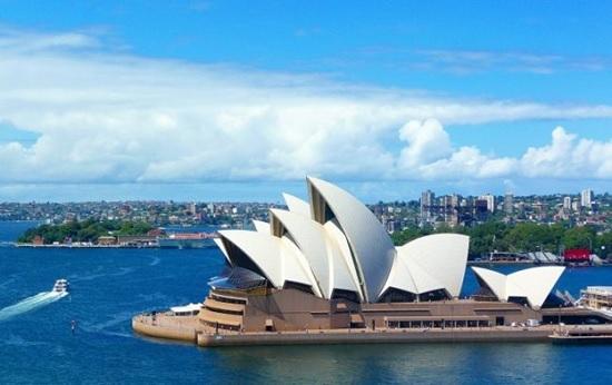 Австралия продлила запрет на въезд до ноября 2022 года