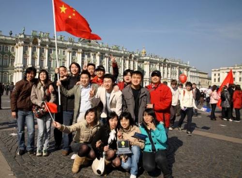 китайские туристы в петербурге