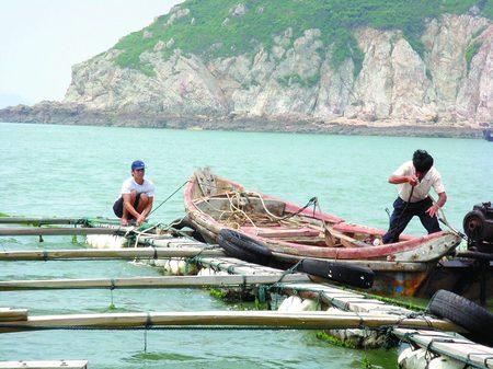 тайская рыбацкая лодка