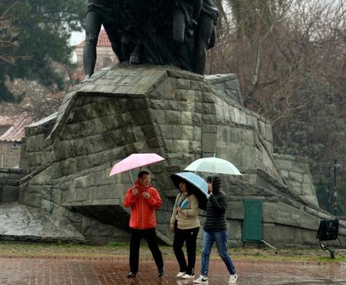 китайские туристы массово приезжают в Анталию и зимой