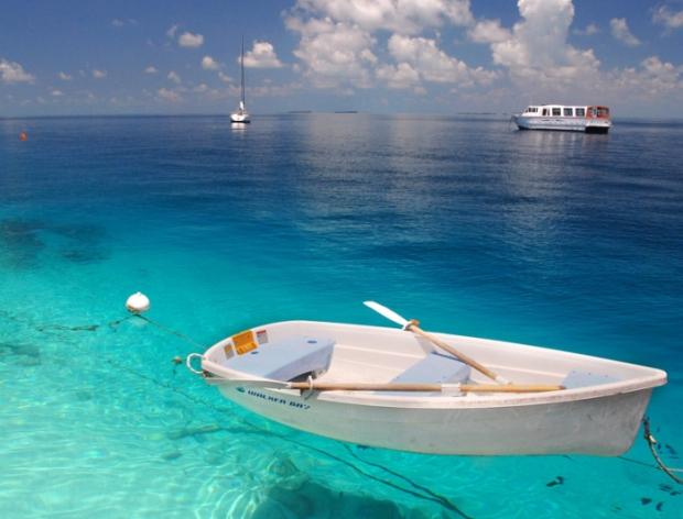 бирюзовые воды индийского океана