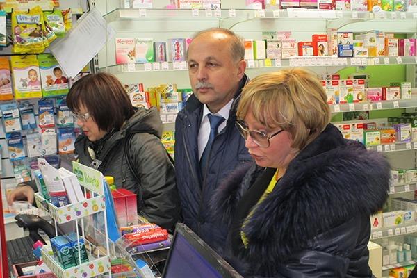 Из-за эпидемии гриппа и ОРВИ генпрокуратура проверяет в аптеках наличие фармацевтических средств
