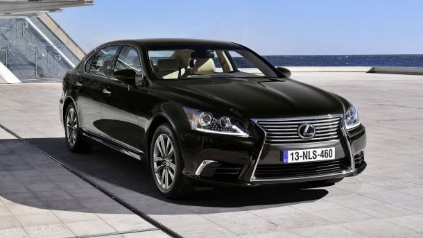 Lexus к Олимпиаде-2020 готовит водородный седан LS