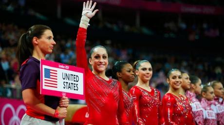 Женская сборная США по спортивной гимнастике победила в командном турнире на ЧМ в Глазго