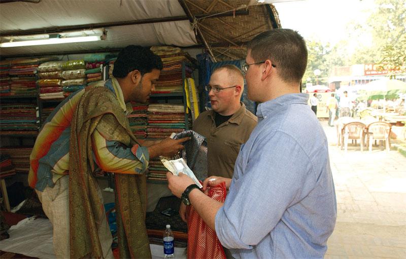 Индусы очень любят торговаться