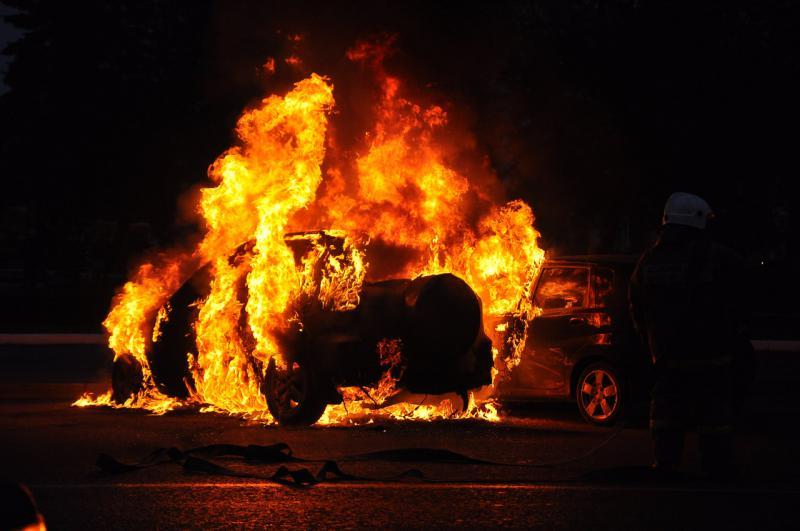 """Результат пошуку зображень за запитом """"підпал авто"""""""