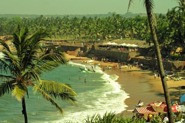 пляж в районе форта Агуада