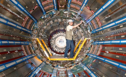 Switzerland-CERN-Discovers-Pentaquark-Once-Thought-Not-to-Exist-Clapway1