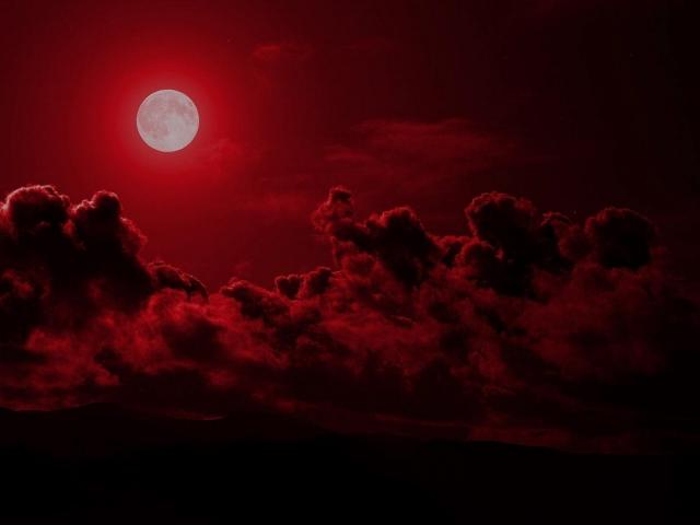 В небе над Южным Уралом взойдет Кровавая луна