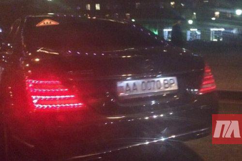 Посленовогодние осложнения: нардеп Деревянко ответил на информацию о своем авто в Москве