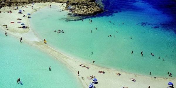 Легендарный пляж Нисси в Айя-Напе