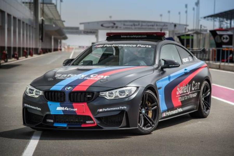 """BMW M4 использовали в качестве """"сейфти-кара"""" во время 1-го этапа Гран При Катара"""