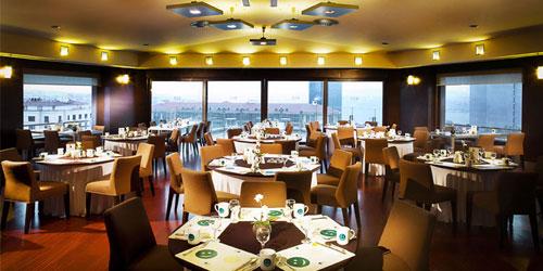 обновлённый ресторан в отеле Takism Point