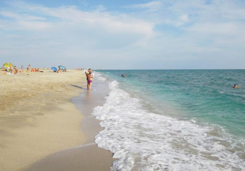 песчаный пляж на мысе Тарханкут