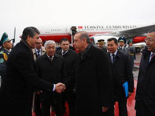эрдоган прибыл в казахстан