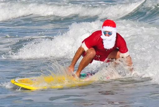 surfin-santas-2014-3