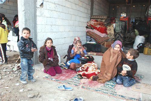 зачастую сирийские беженцы живут прямо на улице